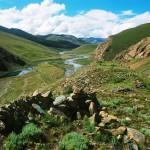 The remains of an Upper Tibetan pre-Buddhist citadel