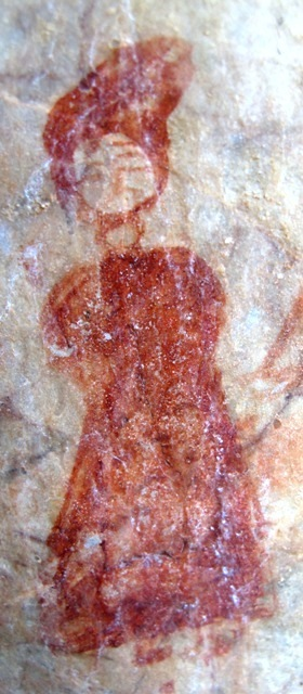 Fig. 4. One of two atypical figures located near the trio of figures discussed above. This individual dons what appears to be a tall turban. His facial features are still visible but they are not sufficiently detailed to make any pronouncement about their ethnic or racial nature. Next to this figure is a more ambiguously painted one holding a sword upright. Beside it is another sword.