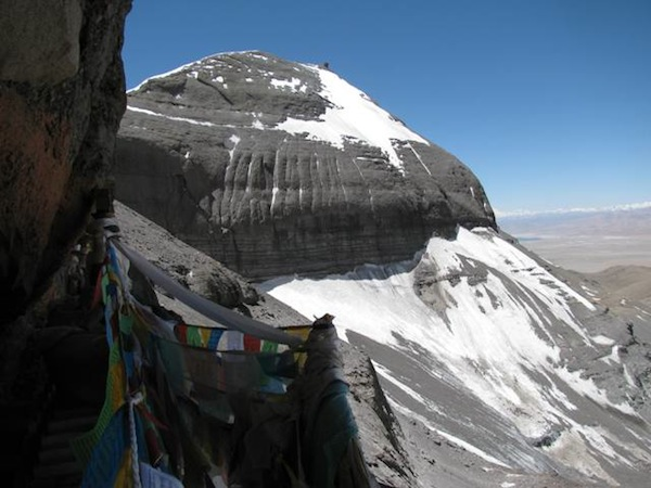 Fig. 5. The southeastern view from Thirteen Golden Reliquaries. To the right of Mount Kailas, a tiny bit of Lake Mapang Yumtsho (Ma-pang g.yu-mtsho) can been seen
