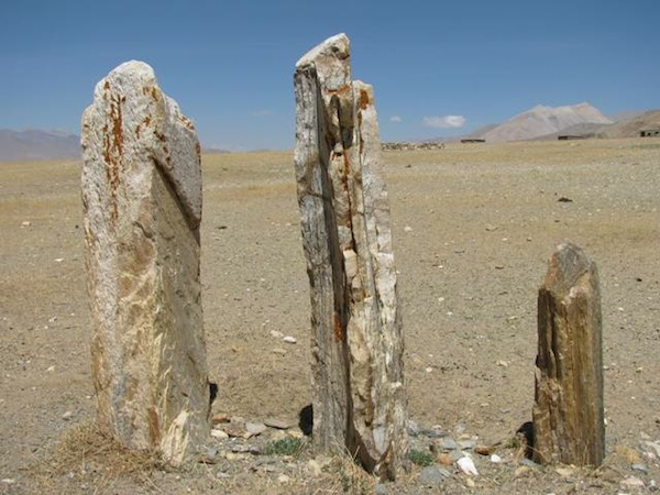 Fig. 8. The megaliths or stelae known as Three Long Stones (Rdo-ring gsum). Note the orange climax lichen growing on the two larger pillars