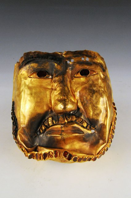 Fig. 34. The golden mask of Boma Cemetery, northwestern Xinjiang. This image is widely available on the worldwide web. Photo courtesy of Administration Commission of Cultural Relics of Xinjiang.