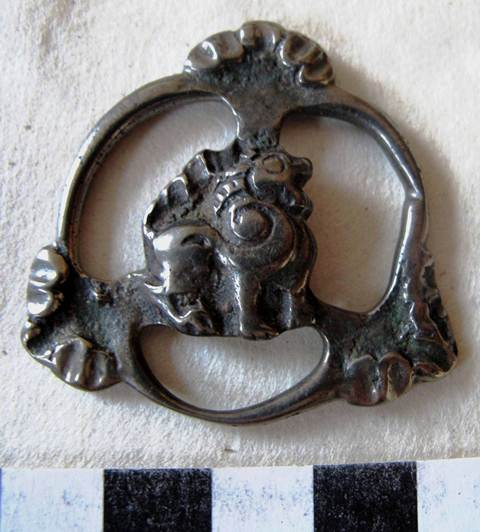Fig. 9. A copper alloy object featuring a lion, which may be a kind of ornamental horse tack. Late Protohistoric period or Early historic period. Private collection, UK.