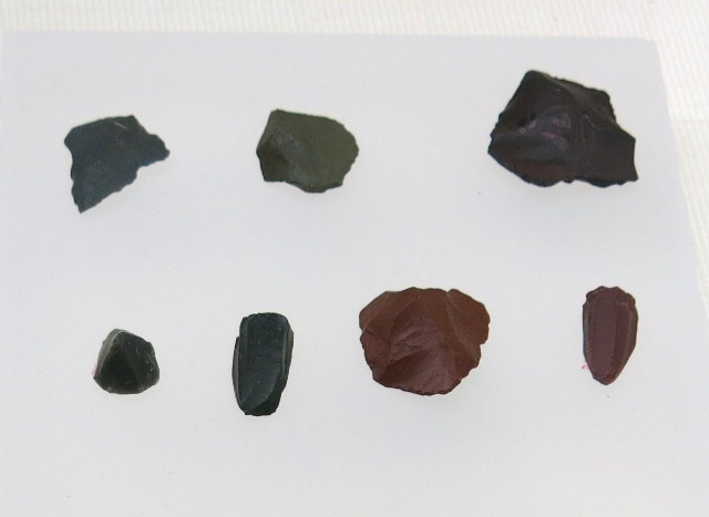 Fig. 17. Microlithic flakes, Drongpa, Upper Tibet. Dated to 7000–5000 BP. Tibet Museum collection.