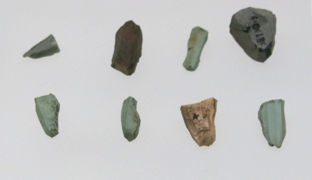 Fig. 19. Conical, polyhedral and wedge-shaped cores, Chakrithang (Lcags-ri thang), Damshung county. End of the Neolithic (Eneolithc?) (3200–2900 BP). Tibet Museum collection.
