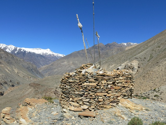 Fig. 8. The cairn (la-btsas) for Kongkong Lhamo.